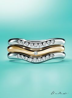 Be ahead of the curve with a mixed metal stack of Elsa Peretti® wedding band rings.