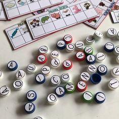 Atividade pronta - Alfabeto, vogais e consoantes - A Arte de Ensinar e Aprender English Games, Holiday Decor, Learning Activities, Homeschooling, Game Ideas, Literacy Games, Book Lovers, Alphabet, Autism