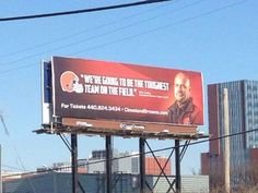 Cleveland Browns put up billboard in Columbus featuring new head coach Mike Pettine