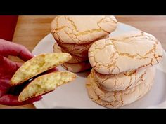 Pouze mouka, cukr a 3 vejce! # 575 - YouTube Biscuit Donuts, Biscuit Cookies, Biscuit Recipe, Yummy Cookies, Sugar Cookies, No Cook Desserts, Great Desserts, Sweets Recipes, Cookie Recipes