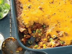 Tamale Pie Mix-up Ground beef, cornmeal, tomato sauce, and corn combine with a layer of gooey cheese to make a hearty take on tamale pie, minus the layers. Serve this dish with a big green salad and dinner is done! Beef Casserole, Casserole Dishes, Casserole Recipes, Mexican Casserole, Mexican Food Recipes, Dinner Recipes, Ethnic Recipes, Mexican Desserts, Drink Recipes