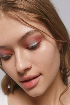 Urban Outfitters unique collection of makeup, featuring the latest beauty trends! Beauty Trends, Beauty Hacks, Eye Makeup, Hair Makeup, Goth Makeup, Makeup Inspo, Makeup Inspiration, Makeup Brushes, Medium Hair Cuts