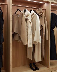 Winter to spring wardrobe at Totême Biblioteksgatan 5. My Wardrobe, Wardrobe Rack, Fashion Beauty, Womens Fashion, Aesthetic Fashion, Closet Organization, Minimalist Fashion, Victoria Beckham, Neutral