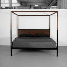 CANOPY BED by uhuru design
