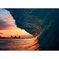Photo of the Day: Sandy Beach Hawaii. Surfer Magazine, Boho Life, Beach Bum, Places To Go, Surfing, Waves, Ocean, Adventure, World