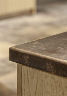 #alphenberg #leather #leer #leder #vloerdecoratie #wanddecoratie #remymeijers #marcelwolterinck #erickuster #noortinterieur #hetarsenaal http://leemconcepts.blogspot.nl/2015/05/blogshoppingtour-in-het-arsenaal-deel.html