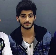 Zayn♡ | Pinterest: Rosh❤ Zayn Malik Style, Zayn Malik Photos, Malik One Direction, I Love One Direction, Zany Malik, Music Competition, Team 7, Perfect Boy, Celebrity Babies