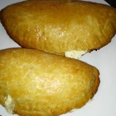 Νηστίσιμη ζύμη κουρού Gf Recipes, Greek Recipes, Desert Recipes, Cooking Recipes, Greek Pastries, Bread And Pastries, Meals Without Meat, Greek Sweets, Greek Dishes