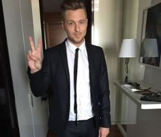 Grammy 2017 Ryan Tedder, Onerepublic, Beautiful People, How To Look Better, Music, Kittens, Bands, Artists, Inspired