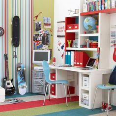 desk idea from Teenage boy's bedroom @ House to Home