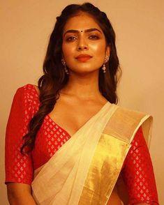 Malavika Mohanan Hot in Saree Stills Indian Bollywood Actress, Indian Actresses, Real Beauty, Beauty Women, Saree Models, Tamil Actress Photos, Most Beautiful Indian Actress, Indian Beauty Saree, Indian Models