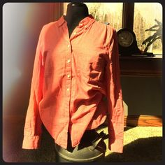 Long sleeve Gap button up Classic, colorful, fun long sleeve Gap shirt. Casual and comfortable yet classic enough to dress up or down!  No flaws, from a smoke free home. Thanks for looking! GAP Tops Button Down Shirts