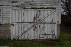 old barn door https://www.flickr.com/photos/132849904@N08/shares/2H2002 | estelle greenleaf's photos