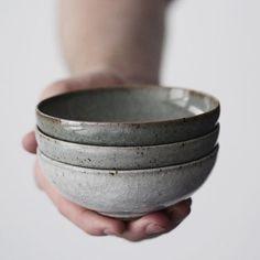 Florian Gadsby. gorgeous gradient bowls in ceramic
