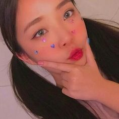 * ੈ‧₊˚ulzzang ❅ girls [ 〄 ] _gen. Uzzlang Girl, Concert Makeup, Ulzzang Makeup, Pretty Korean Girls, Korean Ulzzang, Most Beautiful Faces, Just Girl Things, Korean Makeup, Aesthetic Makeup