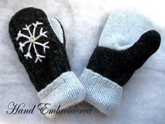 beautifull handmade mittens