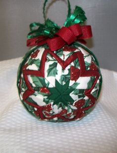 Quilted ornament - would be cool to try and make