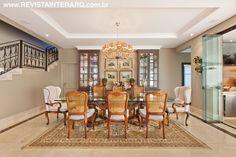 Sala de jantar idealizada por Sandra e Roberta Bergo.   http://www.comore.com.br/?p=27050 #book #livro #interarq #revistainterarq #arquitetura #architecture #archdaily #contemporary #decor #design #home #homestyle #instadecor #instahome #homedecor #interiordesign #lifestyle #modern #interiordesigns #luxuryhome #homedesign #decoracao #interiors #interior #sandraerobertabergo