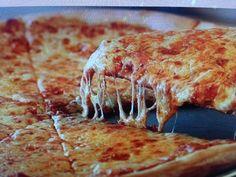 Joe's Pizza, NYC, NY For authentic NY style pizza. Really big slices (you need to fold them to eat them) but definitely good tasting. Joe's Pizza, Just Pizza, Great Pizza, B Food, Good Food, Yummy Food, Brunch Casserole, Casserole Recipes, Best Pizza In Nyc