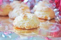 Die Kokos-Makronen schmecken vorzüglich. Es ist ein ideales Rezept für Weihnachten.