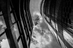 Foto de Carla Christiani Look up! #fotografiaurbana #fotografiaderua #streetphotography #streetphoto #saopaulo