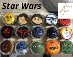 Cupcakes de Star Wars Fondant Cupcakes, Sugar, Cookies, Desserts, Food, Pastries, Crack Crackers, Tailgate Desserts, Deserts