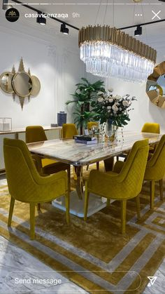 Dining Room, Dining Table, Sofa Furniture, Room Ideas, Home Decor, Couch Furniture, Decoration Home, Room Decor, Dinner Table