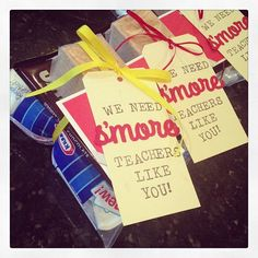 Teacher thank you gifts are ready for tomorrow! Craft Gifts, Diy Gifts, Thank You Teacher Gifts, Teacher Stuff, Teacher Treats, Volunteer Gifts, Teacher Appreciation Week, Volunteer Appreciation, School Gifts