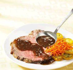 Roast Beef with Peppercorn Wine Sauce | Canadian Beef