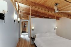 Seasonal Ontario Cabin by Altius Architecture.  I love this place.
