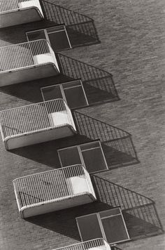 Housing, Amager, Denmark [1942 Keld Helmer-Petersen].