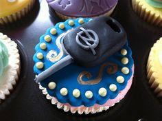 Αποτέλεσμα εικόνας για car keys birthday cake