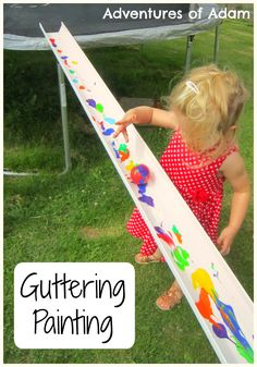 Painting outdoors - simple brilliant ideas to get outdoors and paint with kids without any complicated preparation Eyfs Activities, Nursery Activities, Painting Activities, Color Activities, Preschool Activities, Preschool Teachers, Indoor Activities, Preschool Ideas, Summer Activities