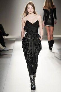 The complete Balmain Fall 2009 Ready-to-Wear fashion show now on Vogue Runway. Ball Dresses, Satin Dresses, Strapless Dress Formal, Prom Dresses, Formal Dresses, Gowns, Balmain, Christophe Decarnin, Fashion Runway Show