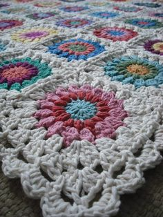 Purple Chair Crochet: Sunburst Granny Blanket