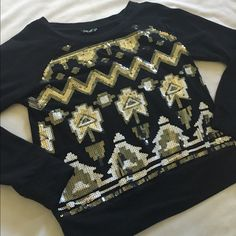Wallflower Sequin sweater like new Tops