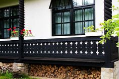 Ethnic Home Decor, Balcony Railing, Design Case, Porch Swing, Traditional House, My Dream Home, My House, House Plans, Cottage