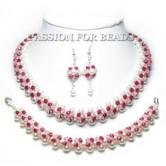 Passion For Beads: Inspiration Avenue Challenge: PINK