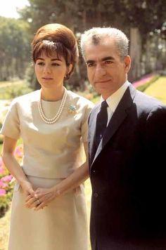 Shah and Shahbanu.................http://www.pinterest.com/madamepiggymick/arab-royalty-iran/