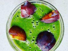 Usprawniający trawienie zielony koktajl śniadaniowy