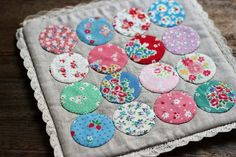 pretty dotty hotpad made by nanaCompany using Lori Holts circle rulers
