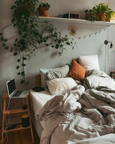 fridlaa - # decoração - Ayleen's World Room Makeover, Aesthetic Room Decor, Room Ideas Bedroom, Bedroom Makeover, Home Bedroom, Home Decor, Room Inspiration, Apartment Decor, Aesthetic Bedroom