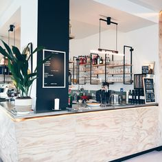 I love Antwerp! Last Friday I went there to discover two new spots (Veranda and…