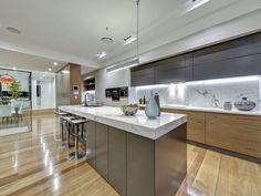 3 Rosebery Street, Highgate Hill QLD 4101