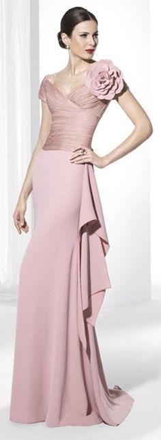 Vestidos para invitadas de Franc Sarabia: ¡Pura sofisticación! | Preparar tu boda es facilisimo.com