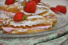 Sommerliche Erdbeer-Eclairs