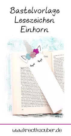 Make bookmarks with the handicraft template unicorn and great papers. The bookmark is also super easy and quick to make with children and a great craft idea for the children's birthday party. And a nice gift idea for every bookworm along with a book Unicorn Diy, Unicorn Crafts, Creative Arts And Crafts, Diy Crafts For Kids, Preschool Crafts, Creative Bookmarks, Bookmark Craft, Handicraft, Book Worms