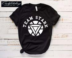 The Bigchartel Team Stark T-shirt Team Stark T-shirt Spiderman Shirt, Avengers Shirt, Marvel Shirt, Marvel Clothes, Avengers Clothes, T Shirt Diy, Disney Shirts, Direct To Garment Printer, Shirt Style