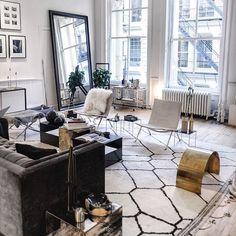 #flatlay #flatlays #flatlayapp #fashion #beauty #home #interior #office #decoration #flowers #pretty #love