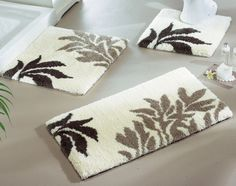 Today bathroom rugs are often placed in bathrooms to keep your feet warm. Bathroom rugs also prevent you from slipping . Bathroom rugs can also be displayed with delightful designs and colors . Round Bathroom Rugs, Bathroom Runner Rug, Bathroom Rugs And Mats, Bathroom Sets, Bath Rugs, Zebra Print Bathroom, Homemade Rugs, Affordable Rugs, Latch Hook Rugs
